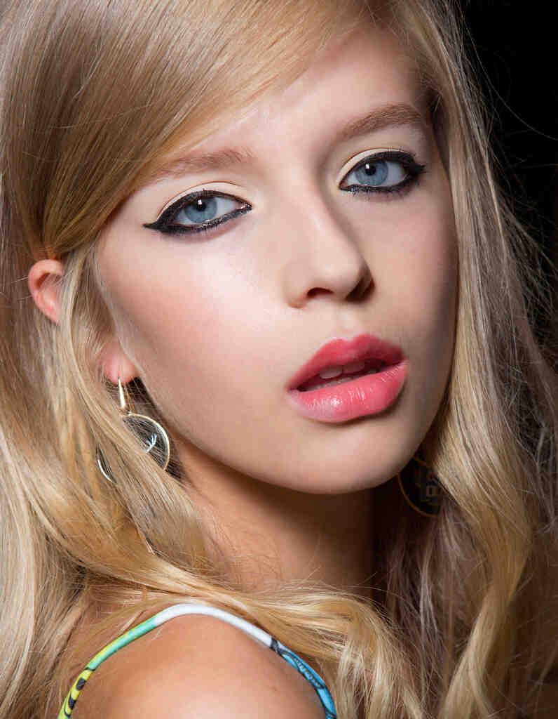 Quel couleur de mascara pour les yeux bleus ?
