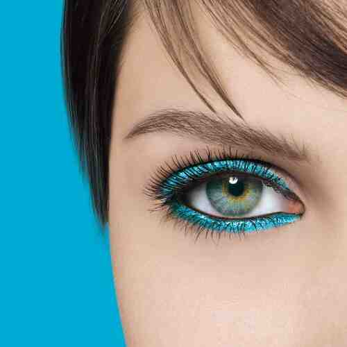 Quelle couleur pour faire ressortir les yeux bleus ?