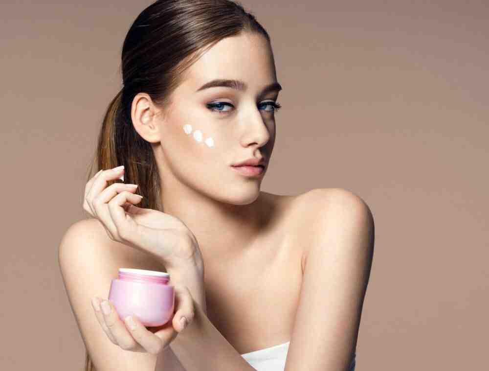 Quelle est la crème la plus efficace pour une peau mature ?
