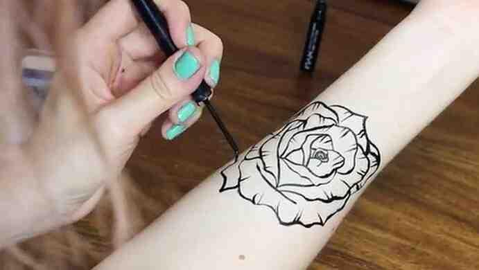 Comment entretenir un tatouage éphémère ?