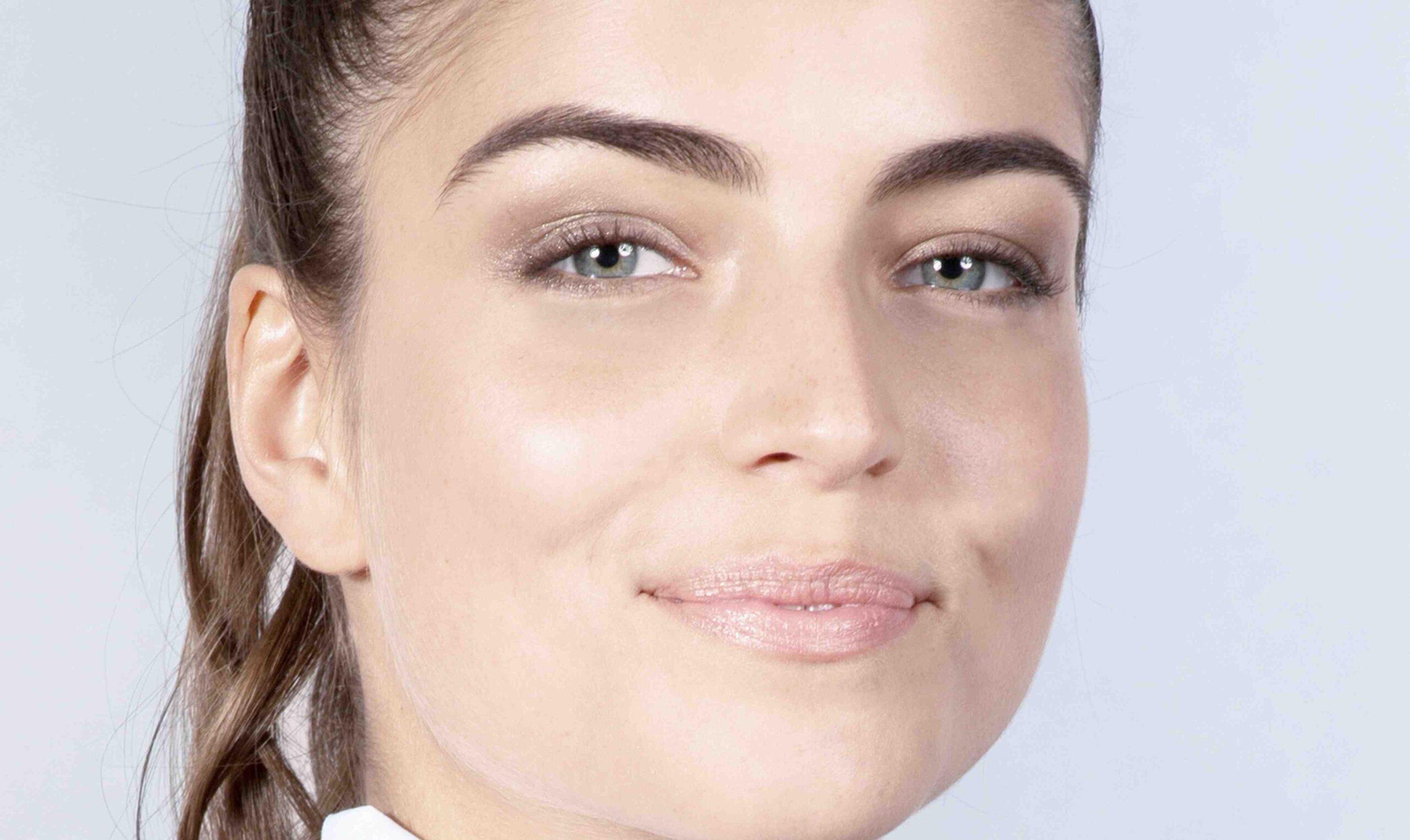 Comment faire une teinture pour les sourcils ?